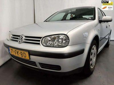 tweedehands VW Golf 1.4-16V Trendline Export Schade