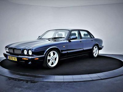 tweedehands Jaguar XJR 4.0 V8 364PK nette auto! LEER/ELEK. STOELEN/CLIMA/