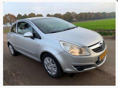 tweedehands Opel Corsa 1.2-16V Business