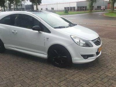 tweedehands Opel Corsa 1.4 16v edition OPC uitgevoerd