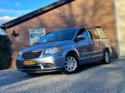 tweedehands Chrysler Grand Voyager 3.6 V6 LIMITED LPG-G3 Bj.2014 STOW&GO 2xTV/DVD/USB