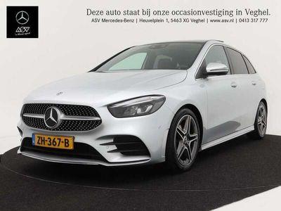 tweedehands Mercedes B180 AMG line automaat Panoramadak, wegklapbare trekhaak,..