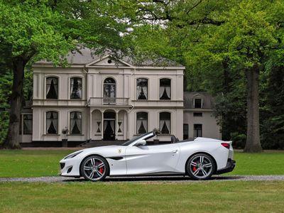 tweedehands Ferrari Portofino 3.9 V8 HELE   Véél extra's   Véél carbon   Pass.Display   JBL   etc.