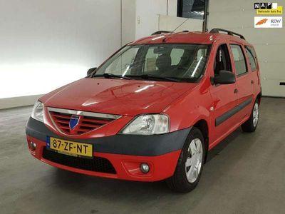 tweedehands Dacia Logan MCV 1.6-16V Lauréate 7p.