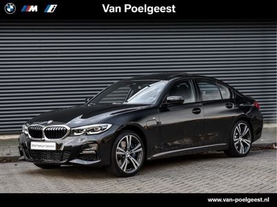 tweedehands BMW 330e 3 Serie SedanHigh Executive M-Sport Automaat Schuifdak/ LED/ 19inch