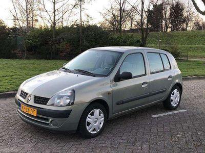 tweedehands Renault Clio R.S. 1.2-16V Authentique 2002 5-deu NAP! Stuurbekrac