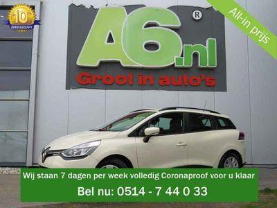 tweedehands Renault Clio - Estate 1.5 dCi ECO Expression Trekhaak Navi Airco DAB+ Bluetooth Cruise