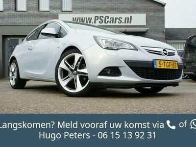 tweedehands Opel Astra GTC 1.6 Turbo 180pk Bluetooth/Leder/Navi Dealer On