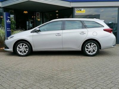 tweedehands Toyota Auris Touring Sports 1.2T Touring Sport Aspiration (NAVI