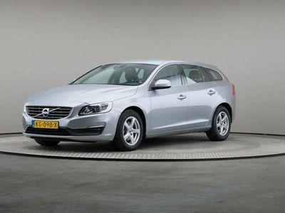 tweedehands Volvo V60 2.0 D2 Nordic+, Navigatie, € 11.900