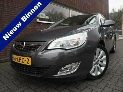 tweedehands Opel Astra 1.4 Turbo 140PK Cosmo Navigatie Clima Cruise Actie