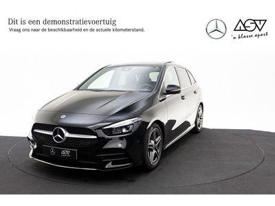 tweedehands Mercedes B180 Business Solution AMG MBUX Widescreen, Panoramadak, Privacy glas, LED-koplampen, Cruisecontrol, Navigatie Automaat
