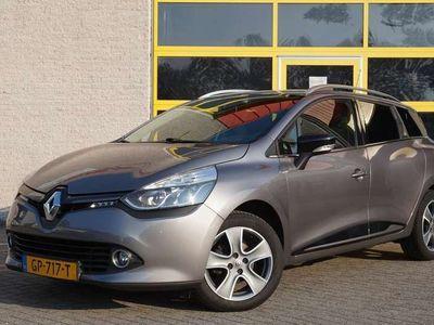 "tweedehands Renault Clio Estate 1.5 dCi ECO Night&Day BJ2015 Led   Lmv 16"""