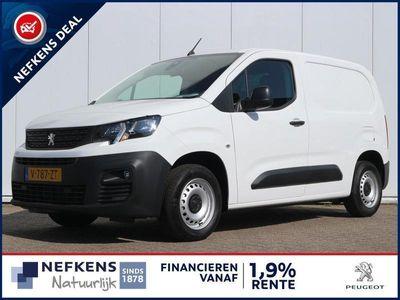 tweedehands Peugeot Partner 1.6 BlueHDi 100 pk Premium Navigatie / Parkeersens