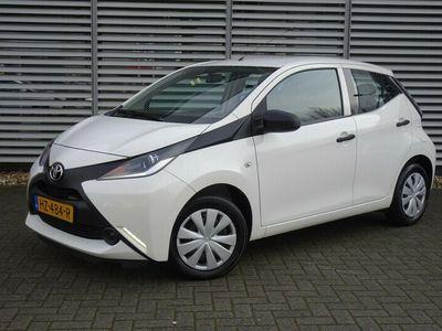 tweedehands Toyota Aygo 1.0 Vvt-I X-Now