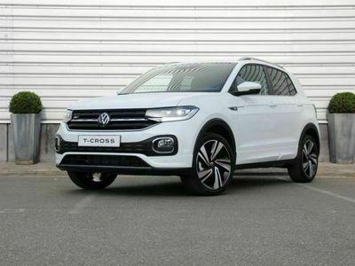 tweedehands VW T-Cross - Style 1.0 TSI 110pk DSG Navigatie R-line Achteruitrijcamera Beats audio