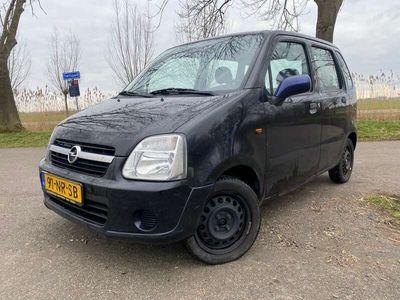 tweedehands Opel Agila 1.0-12V Essentia