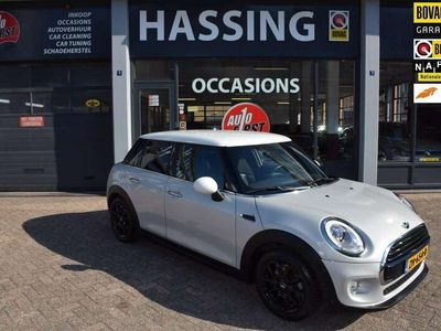 tweedehands Mini Cooper 1.5 Pepper Serious Business, Automaat, Airco, Led,