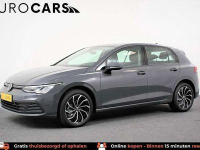 tweedehands VW Golf 1.0 TSI 110pk Life | Navigatie | Climate control |