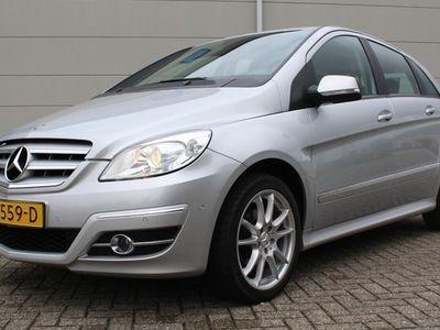 tweedehands Mercedes B180 CDI Business EURO 4 [trekhaak, airco, stoelverwarming]