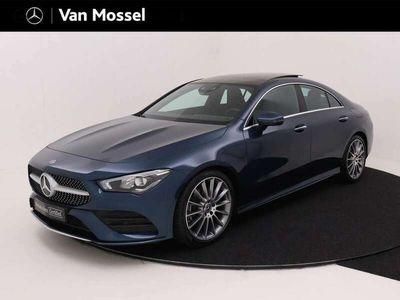 tweedehands Mercedes CLA200 Premium / AMG Line/ Panoramadak/ 19 inch/ Sfeerver