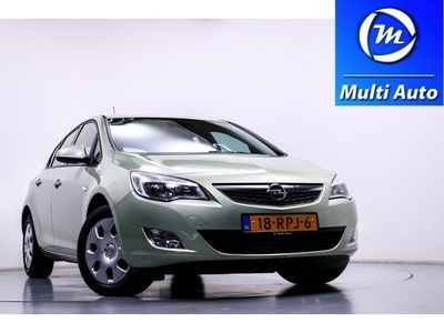 tweedehands Opel Astra 1.4T Edition NL-Auto Cruise Controle Airco Radio CD .