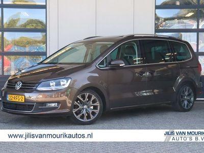 tweedehands VW Sharan 2.0 TDI Highline | DSG | Parkeercamera | Panoramadak | Navigatie | Leer/alcantara