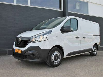 tweedehands Renault Trafic 1.6 dCi T27 L1H1 - Airco - Navi - Cruise - € 10.95