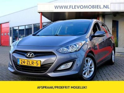 tweedehands Hyundai i30 Wagon 1.6 GDI 135pk Business Edition Navi|Clima|LM