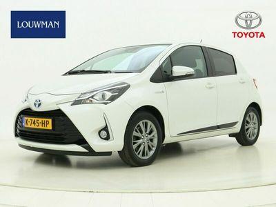 tweedehands Toyota Yaris 1.5 Hybrid Design
