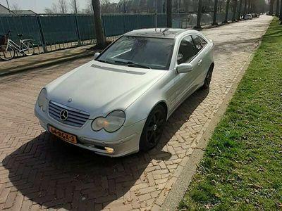 tweedehands Mercedes C230 230 K. full options