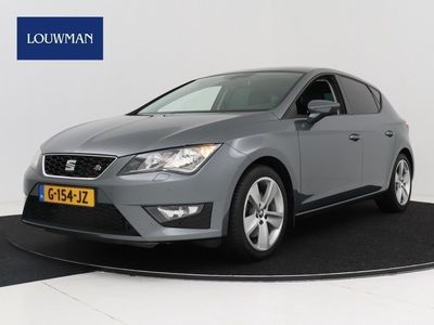 tweedehands Seat Leon 1.8 TSI 180pk 5-drs FR Connect Limited | Stoelverw
