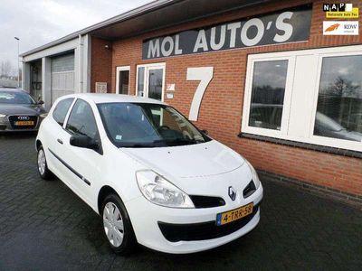 tweedehands Renault Clio 1.5 dCi Authentique APK 09-2021