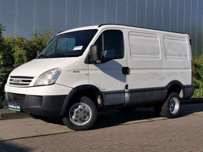 tweedehands Iveco Daily 50 C 15 luchtgeremd 10 to