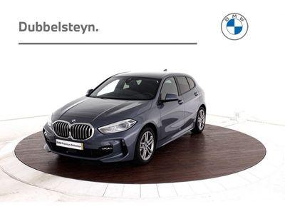"tweedehands BMW 118 1 Serie i High Executive Edition M-Sport   Live cockpit Prof   Getint glas   17""Velgen   Let op! Bezichtiging op afspraak"