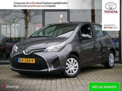 tweedehands Toyota Yaris 1.3 VVT-i Aspiration / Airco / Cruise / Bluetooth