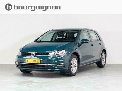 tweedehands VW Golf 1.0 TSI Comfortline Parkeersensoren, Climate, Navigatie, Cruise