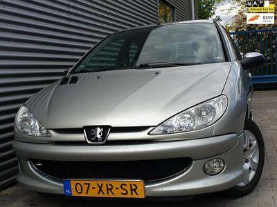 tweedehands Peugeot 206 1.4 HDi Forever 09-2007 Grijs Metallic