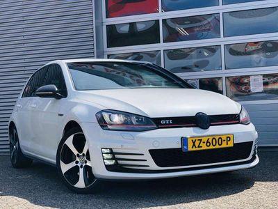 tweedehands VW Golf 2.0 TSI GTI Performance DSG / Stage 1 / Akrapovic