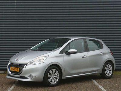tweedehands Peugeot 208 1.4 VTI Envy | Navi | Clima | PDC