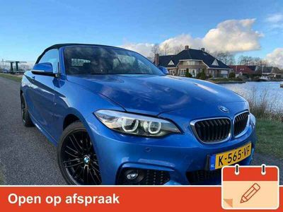 tweedehands BMW 220 2 Serie Cabrio i High Executive M-pakket/Estoril Blue/Absolute nieuwstaat!