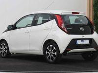 tweedehands Toyota Aygo 1.0 VVT-i x-play | 5-deurs | Airco | Camera | Apple Carplay