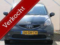 tweedehands Toyota Aygo 1.0-12V Sport 127.000 KM