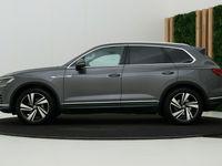 tweedehands VW Touareg 3.0 TDI Elegance | Luchtvering | Head-Up | Keyless | Head-Up | Camera | Standkachel | Trekhaak | 20 Inch