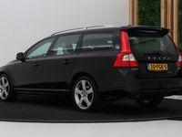 tweedehands Volvo V70 2.0T R-Edition   Automaat   Navi   Xenon   Dealer Onderhouden   Camera