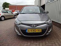 tweedehands Hyundai i20 1.1 Navigatie Parkeersens 1L op 30KM BUSINESS EDITION