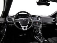 tweedehands Volvo V40 1.5 T3 Polar+ Sport Nw. Prijs €35.547 R-design Pano LED Cruise