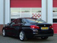 tweedehands BMW 520 5-SERIE i 184PK M-sport Automaat High Executive /NAVI/PDC/Alcantara/Sportonderstel/18'LM/NAP! 1e eig!