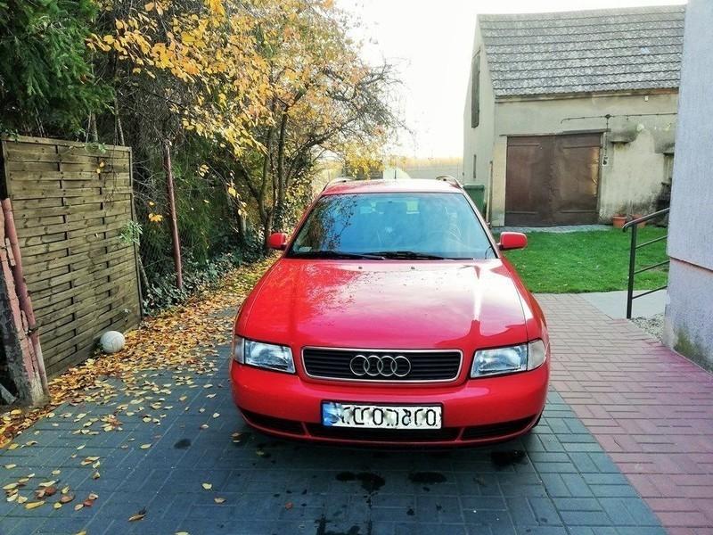 Sprzedany Audi A4 Kombi Letnie Opony N Używany 1997 Km 373 000 W