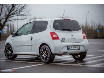 sprzedany renault twingo day night bi u ywany 2009 km 75 000 w warszawa. Black Bedroom Furniture Sets. Home Design Ideas